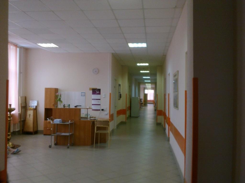 роддом 13 спб на Суворовском медсестринский пост коридор дородового отделения mamaclub.ru