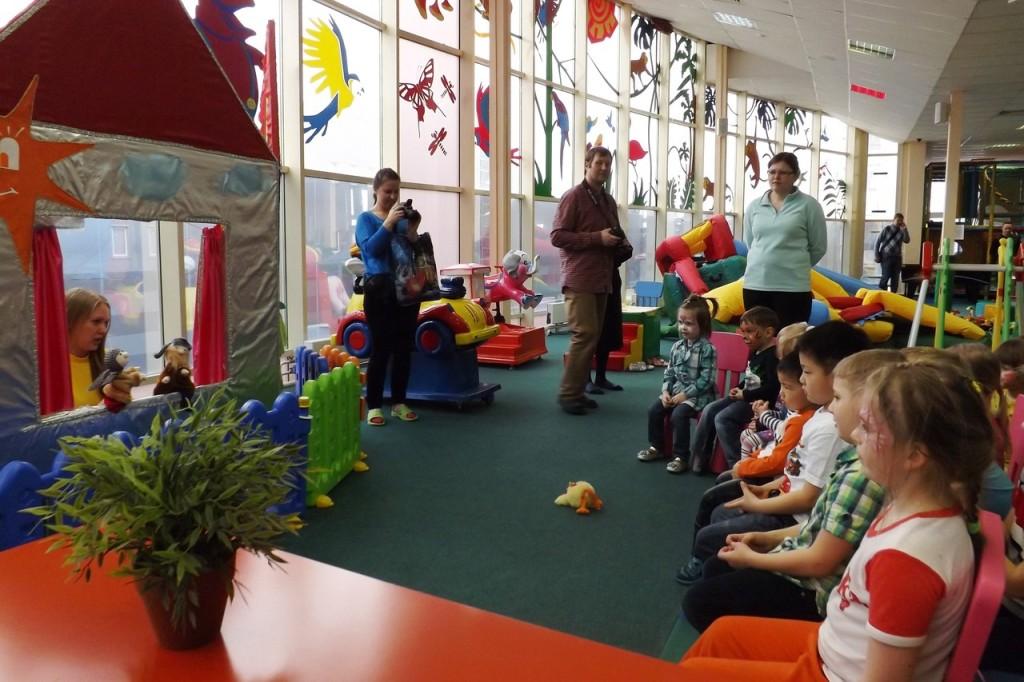 отзыв детский клуб попугай чик детский спектакль